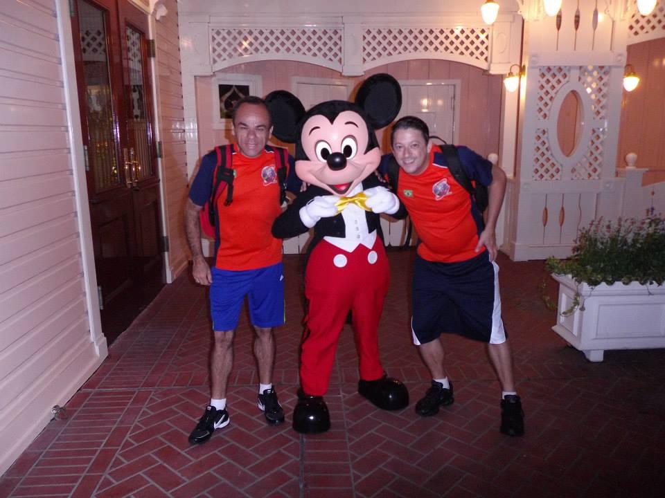 MR na Disneyland